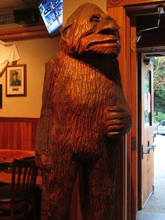 Sasquatch Inn Ltd: Bigfoot