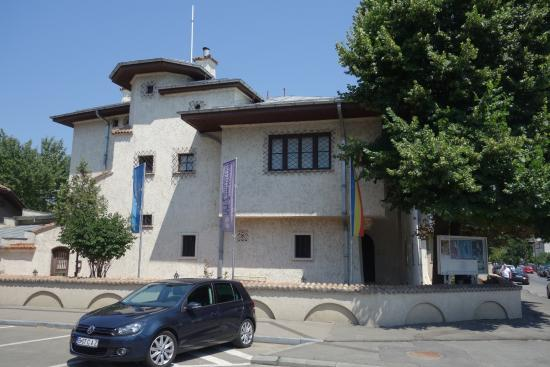 K. H. Zambaccian Museum: Muzeul Zambaccian, Bucuresti