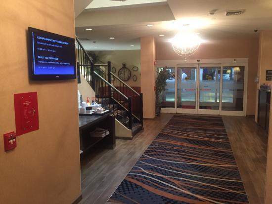 Hampton Inn Charlotte - Uptown: photo0.jpg
