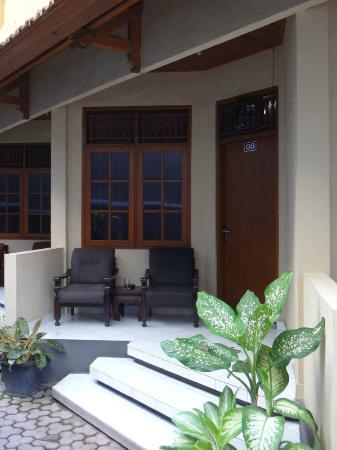 Jesen's Inn III : 部屋の前