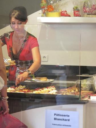 Patisserie salon de th damien blanchard villereal - Patisserie salon de the ...
