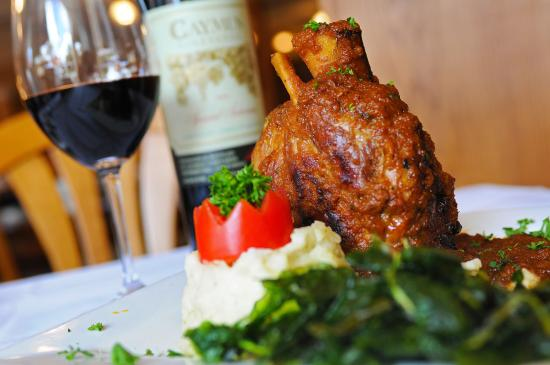 Mouthwatering ossobuco at Café Venice.