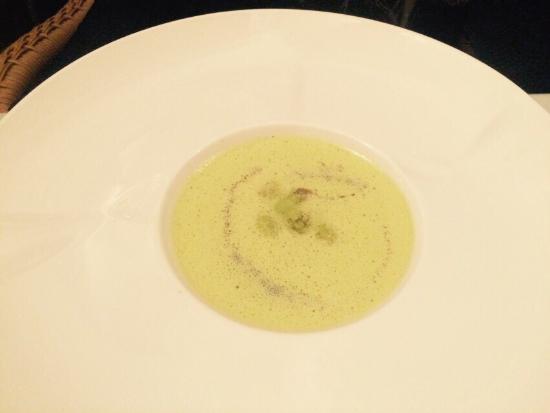 Restaurant Vivendo: Polvo, sopa de alho e peixe com legumes