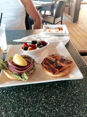 Lovers Key Resort: Blackened Mahi Mahi.