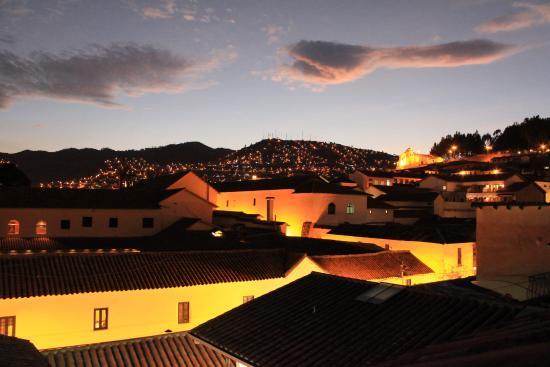 Los Apus Hotel & Mirador: View from our 4th floor sun deck