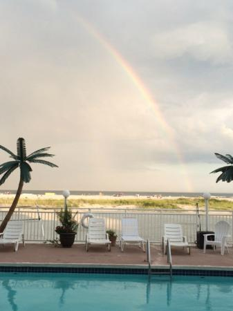 Madrid Oceanfront Condominiums: Madrid Rainbow