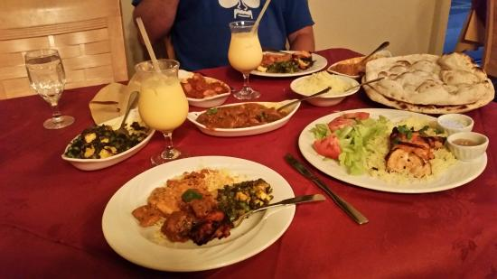 Saber's Taste of India: Dinner for 2 with plenty to take home!!!