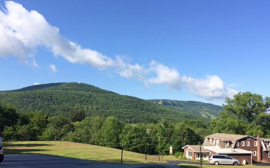 Hillside Mountain Inn: Great views