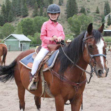 4UR Ranch: Children's Riding Program