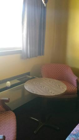 Captains Lodge Motel : NOTE THE AIR FRESHENER ON THE AC...I went and bought a 3 pack at the Family Dollar because I cou