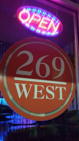 ‪269 West Wine Lounge‬