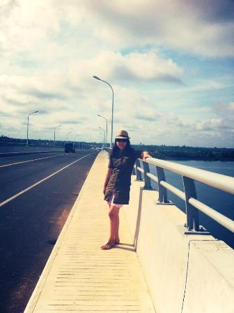 Stung Treng Province, Cambodia: Very nice and got fresh air on the bridge!