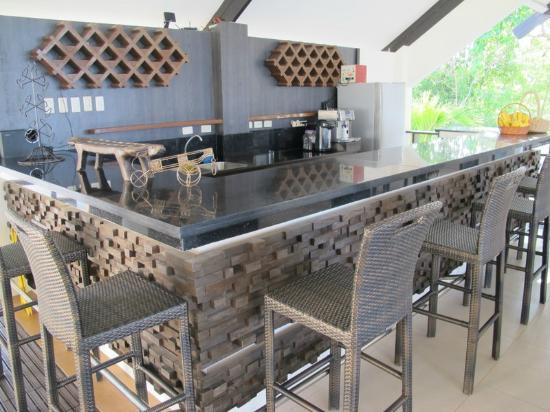 Dive Thru Scuba Resort - Bohol: bar