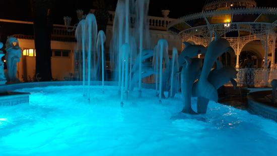 Grand Hotel La Sonrisa: Fontana