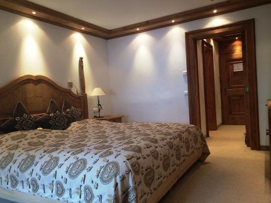 Hotel Zur Tenne: 落ち着くお部屋ですよ。