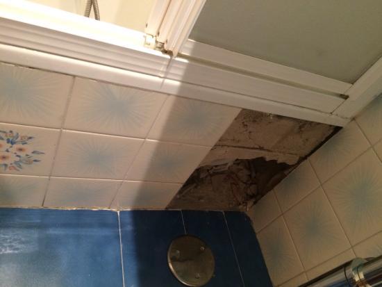 Alojamientos Olga: Problema del cuarto de baño