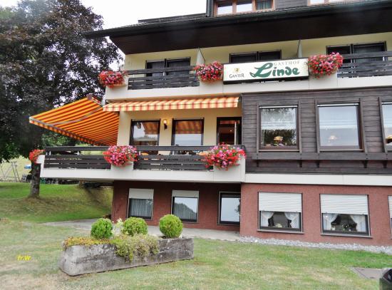 Biberach, Tyskland: De voorzijde van het hotel .