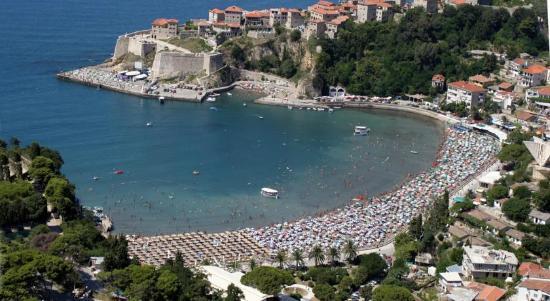 Hotel Montenegro Beach Resort  D Bf D Bb D F D B