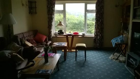White Heather Farmhouse: Room to relax