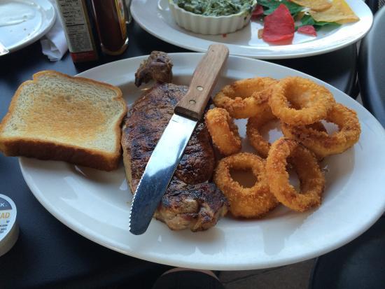 Decherd, TN: NYステーキ 16oz 脂身の無い部位の肉で、 結構ペロリといけてしまいました。 次の日も、お腹にもたれませんでした。