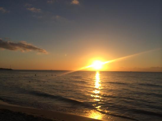 Sunrise Club: photo1.jpg