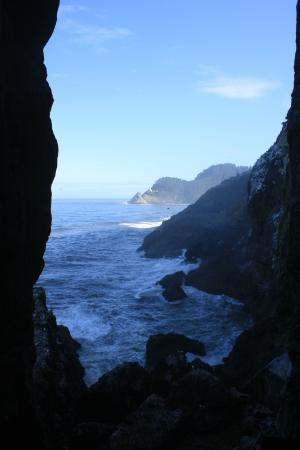 Florence, OR: Up the stairs inside the cave (Viewpoint)