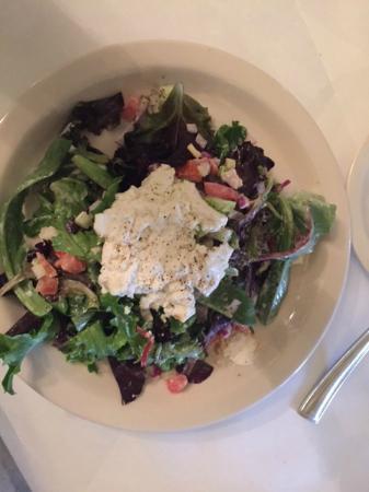 French Corner Bistro & Rotiserie: Warm Goat Chesse Salad