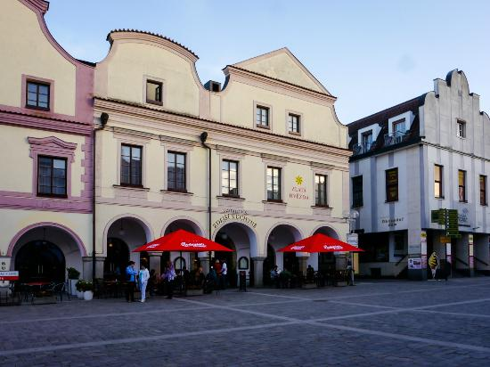 Hotel Zlata Hvezda: Hotel exterior