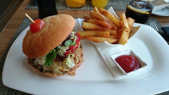 Bar - Restaurant Mantonia : Hamburguesa