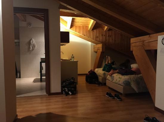 Agriturismo Ca' Danieli: Large second floor guest suite, this room sleeps 4.
