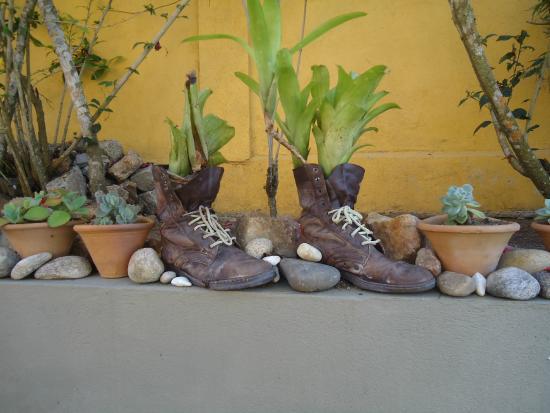 Guest House Cheiro De Vida: Detalle del jardín