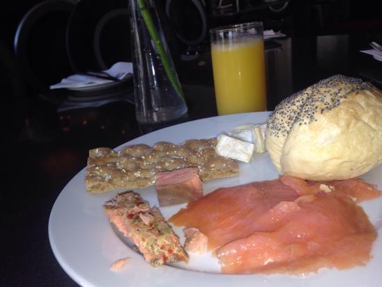 Clarion Hotel Ernst: Magnifico hotel. El bufe del desayuno muy muy completo y riquísimo. Todo muy bien. Con sala de s