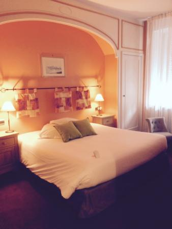 Best Western Hotel De La Bourse: Chambre
