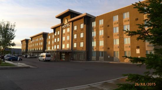 Acclaim Hotel Calgary Reviews