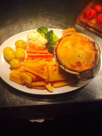 Bolton, UK: Steak and Ale Pie