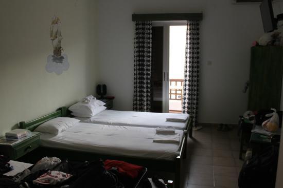 Anna & Filippos Rooms & Studios