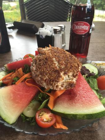 Cafe at Williams Hardware: Pecan Crusted Chicken Salad... Soooo good!!!