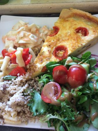 The Old Pump House: Quiche and salad