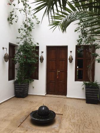 Riad Chayma: Main courtyard