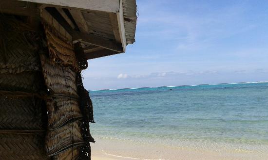 Joelan Beach Fales: Fale view