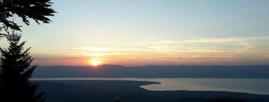 Les Cîmes du Leman : pic nique avec vu sur le lac lèman et couché de soleil (animations parmi tant d'autres)