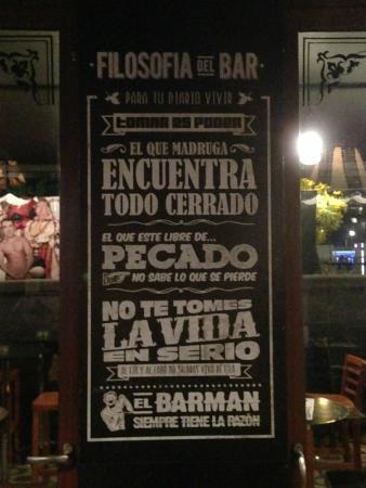 Um Dos Quadros Divertidos Do Bar Picture Of Bar The