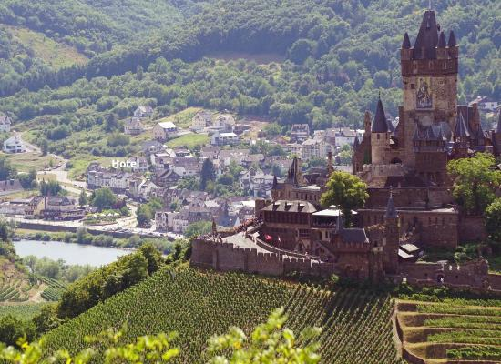 Moselromantik Hotel Panorama: Lage des Hotels in Cochem-Sehl