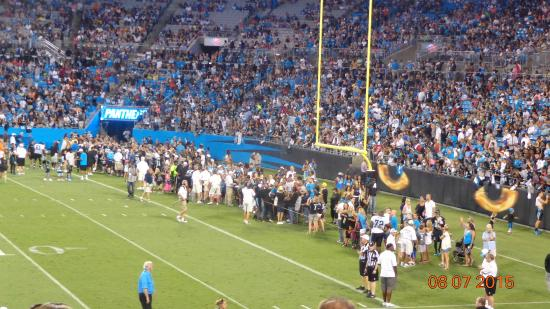 The Bank of America Stadium: Fans line up for autographs