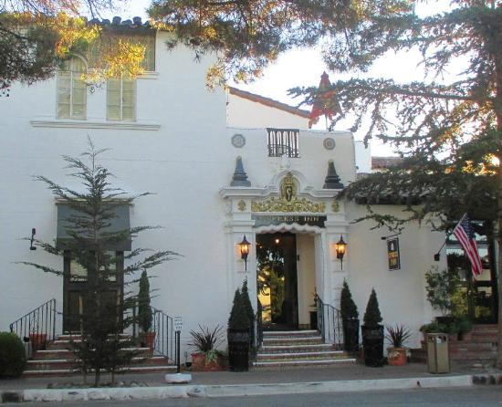 lincoln street entrance picture of cypress inn carmel. Black Bedroom Furniture Sets. Home Design Ideas