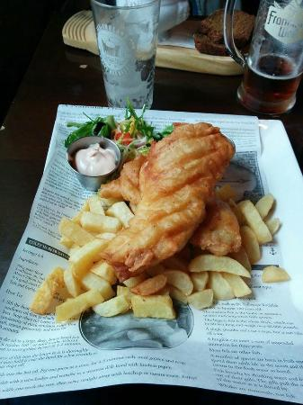 Fitzpatrick's Bar: fish and chips