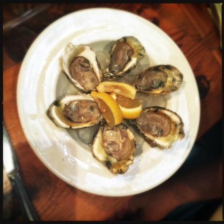 Kelly's Gingernut Pub : Oysters