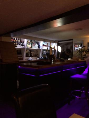 Spice Lounge Wargrave: Great food, great service, cool bar!