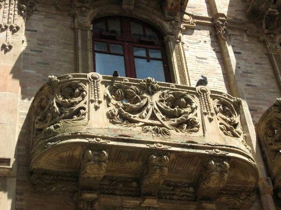 Caltagirone, İtalya: Particolare del Palazzo della Magnoglia