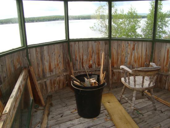 Lac Nominingue, Kanada: Tour d'observation... à l'abandon